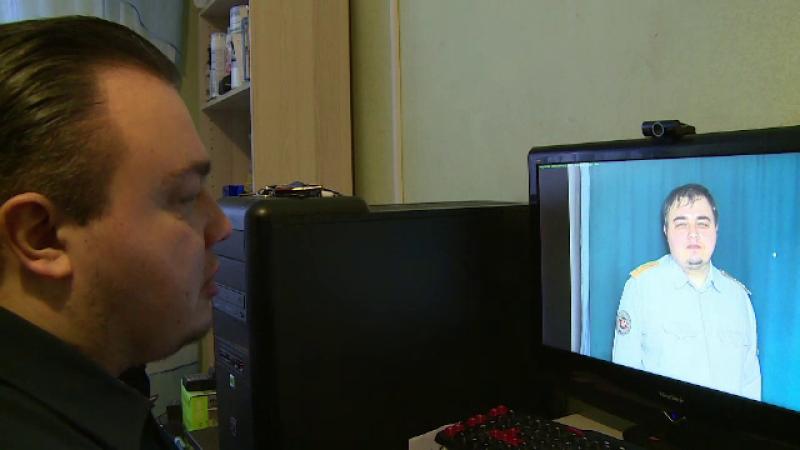 Sosia din Rusia a lui Leonardo DiCaprio a ajuns vedeta TV. Cum a devenit celebru peste noapte tanarul care lucreaza in guvern