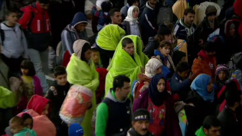 Primii refugiati din cotele obligatorii vor ajunge in martie in Romania. Cati bani vor primi lunar din partea statului roman