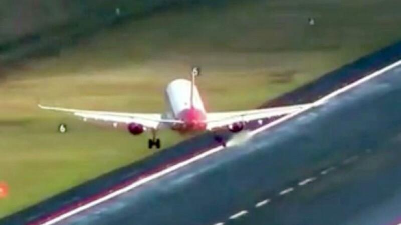 Filmarile care arata de ce aerportul din Madeira e considerat cel mai periculos din lume. Avioanele parca danseaza in aer