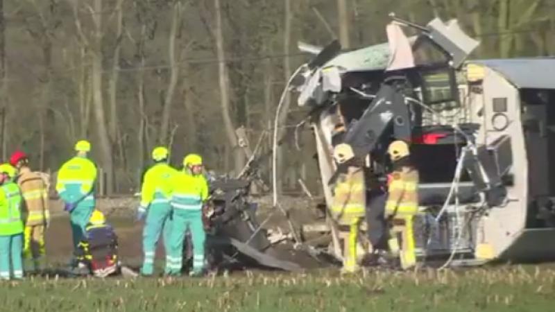 Accident feroviar in Olanda. O persoana a murit si sase au fost ranite dupa ce un tren a deraiat in camp