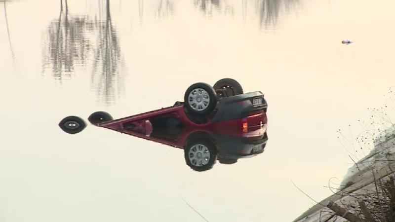 O tanara a murit dupa ce a cazut cu masina in Dambovita, dar nimeni nu-si asuma vina. Cum putea fi evitata tragedia