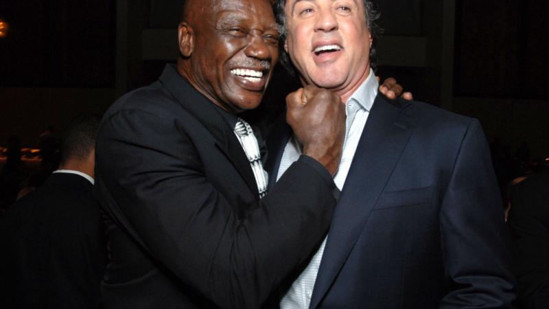 Tony Burton s-a stins la 78 de ani. Actorul era cunoscut pentru rolul antrenorului lui Sylvester Stallone in