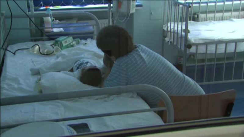 Starea unui bebelus internat la Marie Curie cu sindrom hemolitic uremic s-a inrautatit. Medic: