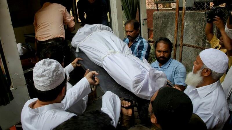 Un indian si-a macelarit aproape toata familia, inclusiv 7 copii, si s-a sinucis. Singurul membru pe care l-a lasat in viata