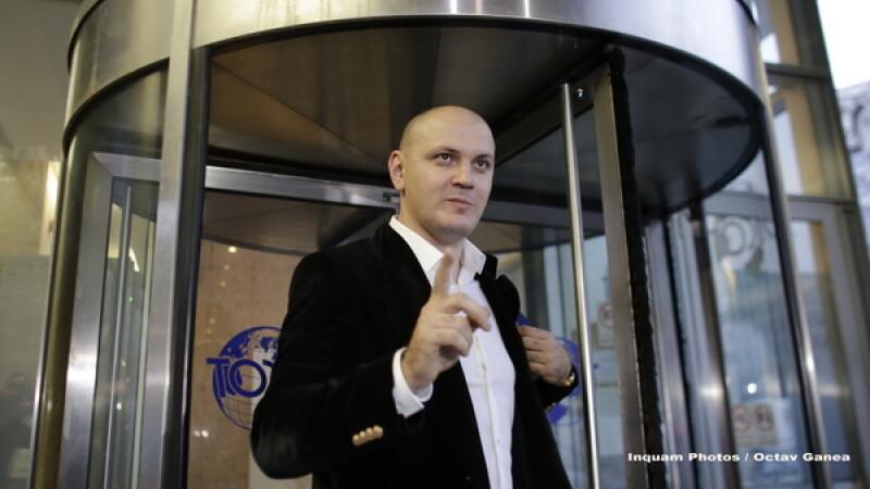 Ghita ar fi cerut bani la Siveco pentru a interveni la politicieni, intre care Ponta si Banicioiu. De ce ar fi fugit din tara