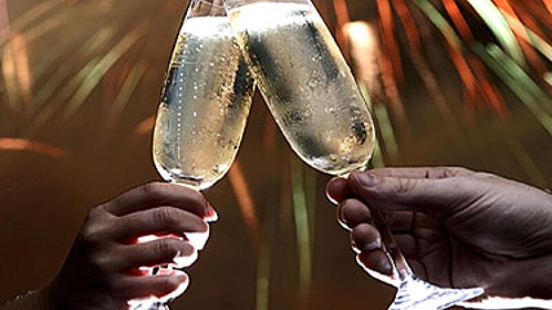 Explozie de lumini si bucurie.Cum a fost primit 2011 in lume. Foto si video