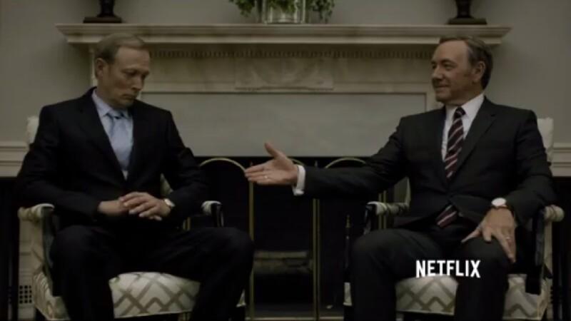 Netflix a publicat trailerul pentru sezonul 3 al serialului House of Cards. Unul dintre noile personaje pare sosia lui Putin