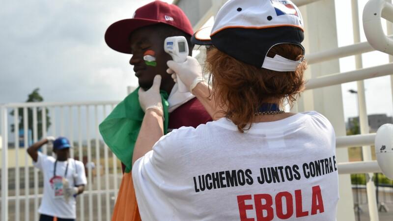 OMS a anuntat sfarsitul epidemiei de Ebola, care a ucis 11.300 de oameni in Africa de Vest. Avertismentul lansat de ONU