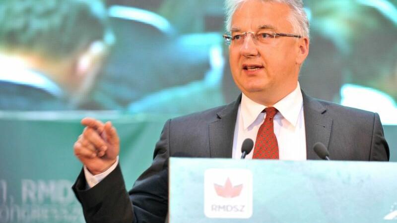 Vicepremierul maghiar sustine ca relatiile ungaro-romane s-au deteriorat in 2015. Atacul lansat la adresa Guvernului Ponta