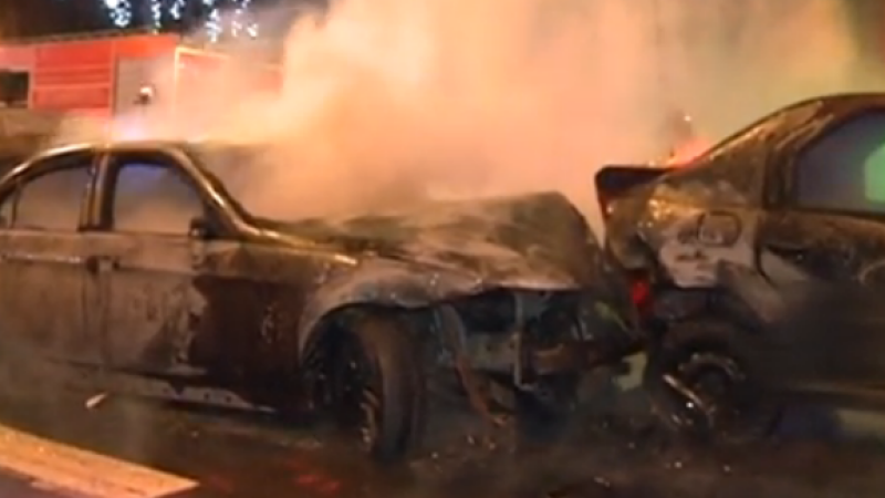 Dezastrul provocat de un sofer baut, la Constanta. Trei masini au fost distruse, iar una a luat foc