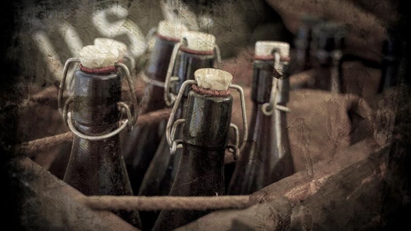 O sticla de bere, veche de 120 de ani, a fost descoperita, in mare, in Canada. Cercetatorii sustin ca inca poate fi bauta