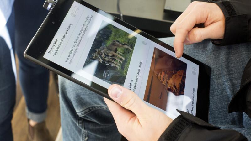 Surpriza imensa pentru un barbat care a comandat online un Kindle. Ce a primit in schimb in colet