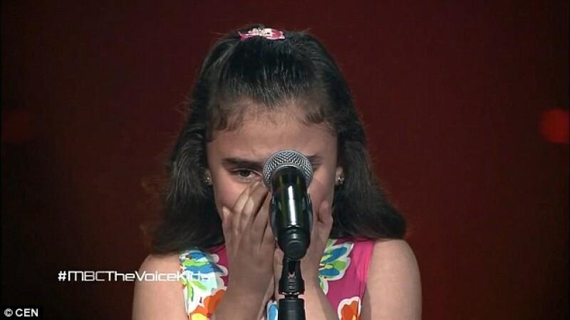 A urcat pe scena The Voice si i-a facut pe antrenori sa planga. Show-ul emotionant facut de o fetita siriana de 9 ani: VIDEO