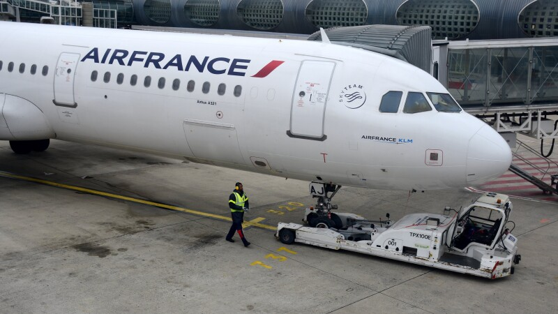 Descoperire macabra intr-un avion Air France. Un pasager care calatorea clandestin a fost gasit mort