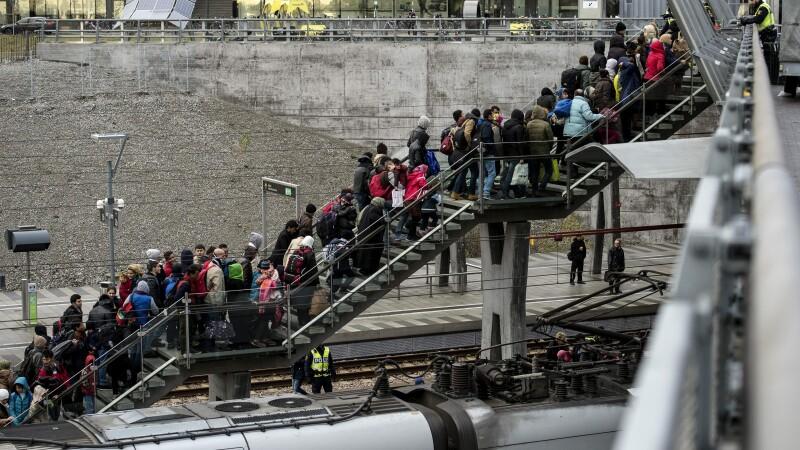 Guvernul danez ii va obliga pe refugiatii care cer azil sa-si doneze bunurile. ONU: Legea va declansa teama si xenofobie