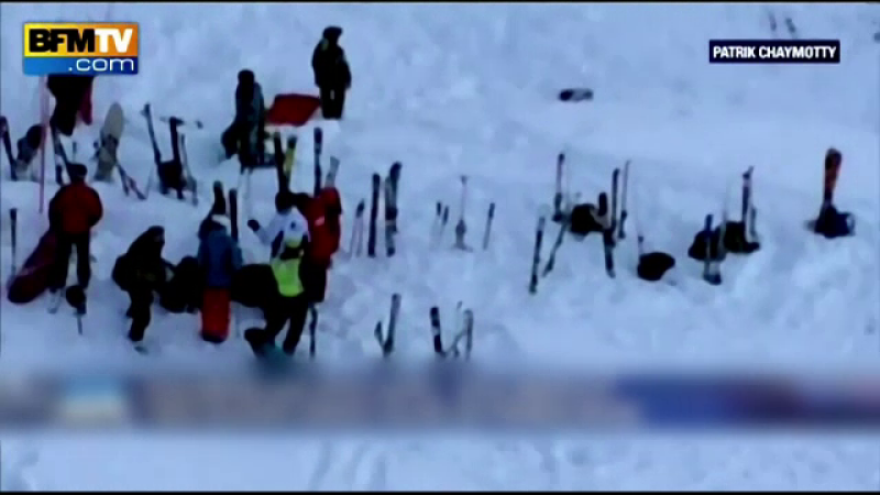 Sase alpinisti au murit, iar altii sunt disparuti dupa o avalansa in Alpi. Operatiunile de salvare, ingreunate de vreme