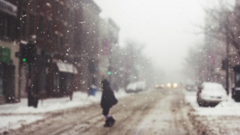 Meteorologii au emis COD GALBEN de ploi si ninsori viscolite in judete din sud-vest, sud-est si centru, in urmatoarele ore