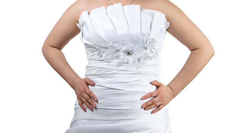 Era supraponderala cand s-a maritat, dar in 8 luni a slabit 44 de kg. Cum arata acum, imbracata in aceeasi rochie de mireasa