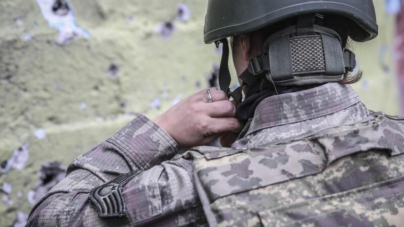 23 de persoane suspectate ca fac parte din Statul Islamic, arestate in Turcia. Grupul era insotit de 21 de copii
