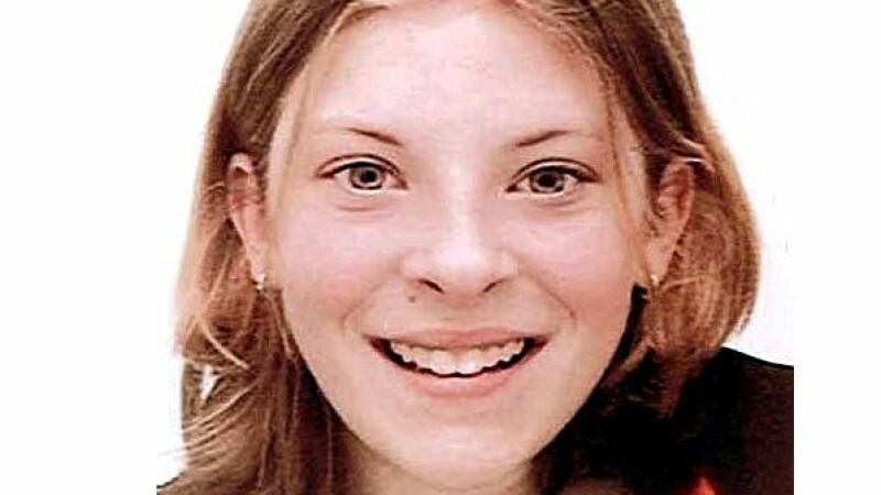 A fost ucisa si aruncata intr-o padure. Ce s-a aflat dupa 14 ani despre crima care a cutremurat un orasel din Anglia