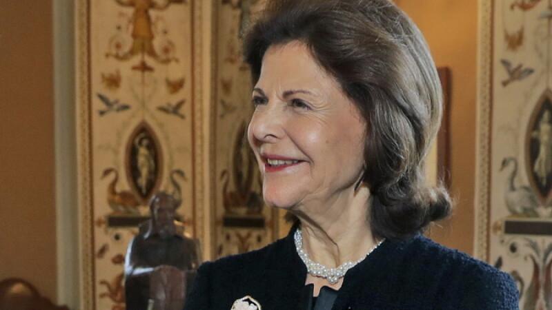 Regina Silvia a Suediei sustine ca palatul in care locuieste este bantuit.