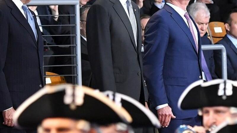 Incident in timpul discursului de ramas bun al lui Barack Obama. Ce i s-a intamplat unui membru al Garzii de Onoare. FOTO