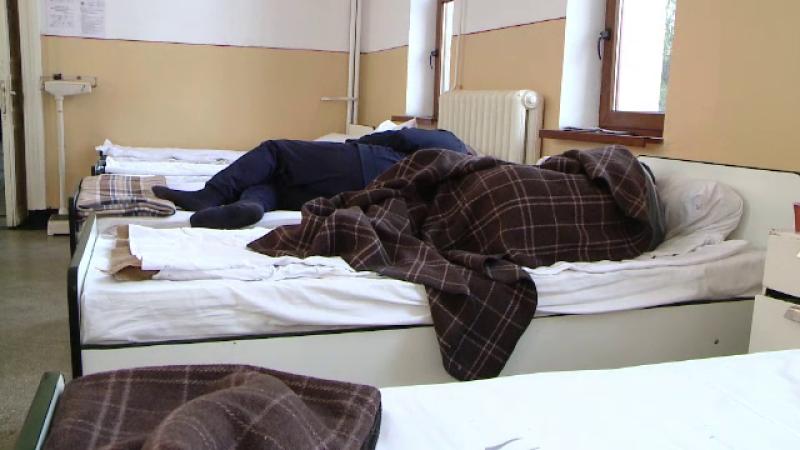 Ancheta ia amploare la Spitalul Socola, dupa ce un tanar ar fi fost violat de alti doi bolnavi. In salon mai erau 19 pacienti