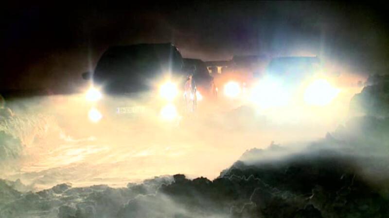 Sud-estul tarii, ingropat sub zapezi. Oamenii au stat si 12 ore in masini, asteptand sa fie salvati din nametii uriasi