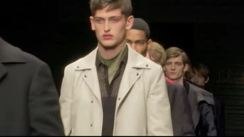 Saptamana modei masculine de la Milano a continuat cu prezentarea colectia Missoni. Noile creatii, inspirate de Japonia