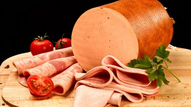 "Studiu OMS: In cati ani se elimina ""E-urile"" din organism si cata carne contine de fapt parizerul"