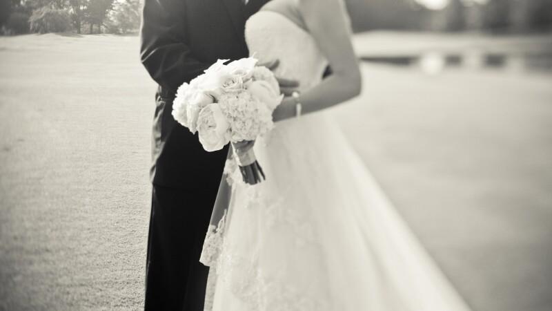 A aflat de pe Facebook ca sotul ei se casatoreste cu o alta femeie. Sotia a luat imediat atitudine. FOTO