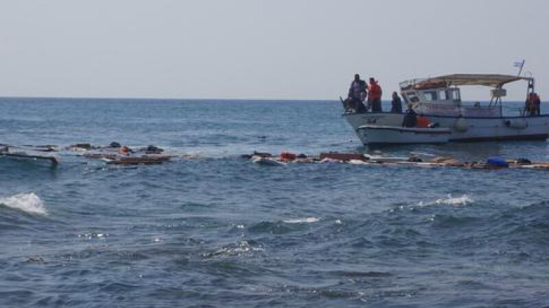 O noua tragedie in Marea Egee. Trei barci s-au scufundat, iar cel putin 44 de imigranti au murit