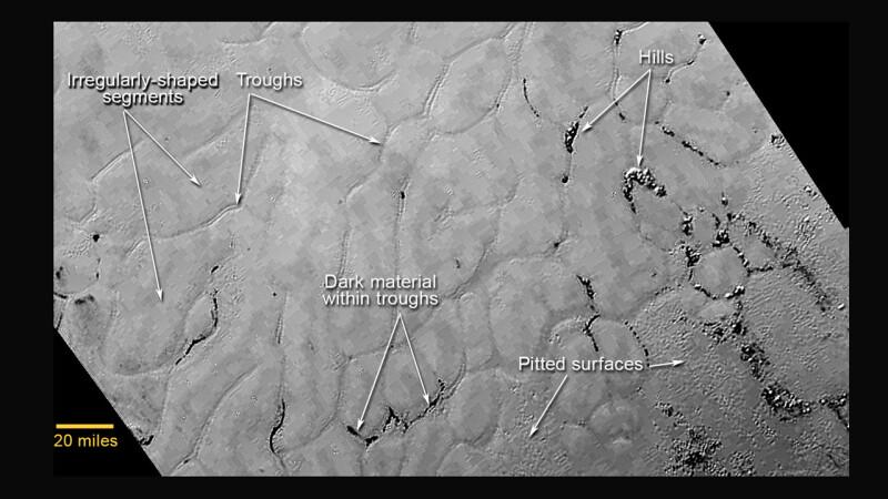 NASA a publicat imagini noi de pe planeta Pluto.