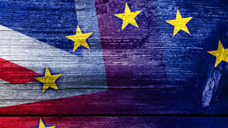 Dupa GREXIT urmeaza BREXIT. Marea Britanie are mai putin de un an pentru a se decide daca mai ramane in UE