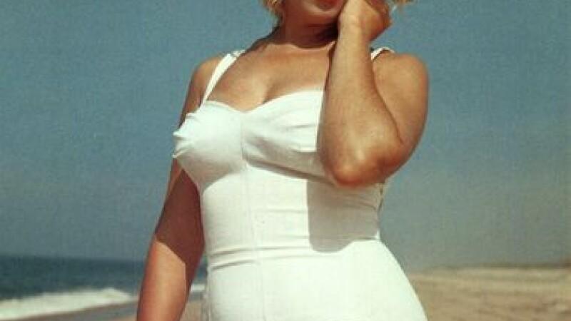Criza scoate mortii din morminte! Vrei eternitatea deasupra lui Marilyn?
