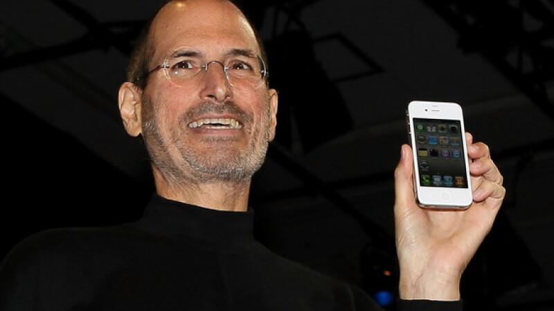 Profitul Apple a ajuns la 6 miliarde de dolari.A crescut de 2 ori in 3 luni