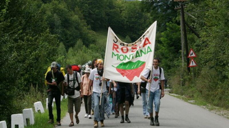 Satul Rosia Montana se transforma in august intr-o mare scena