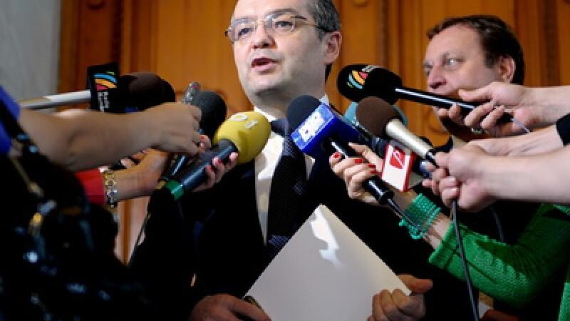 Prima rectificare bugetara din 2010 taie de la investitii si achita datorii