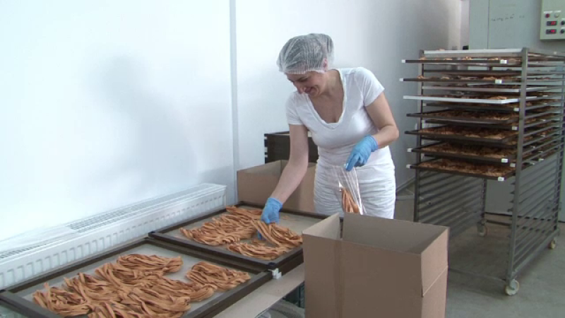 Paste bio facute in Romania, vandute in toata Europa. Care este pretul taiteilor romanesti cand ajung la export
