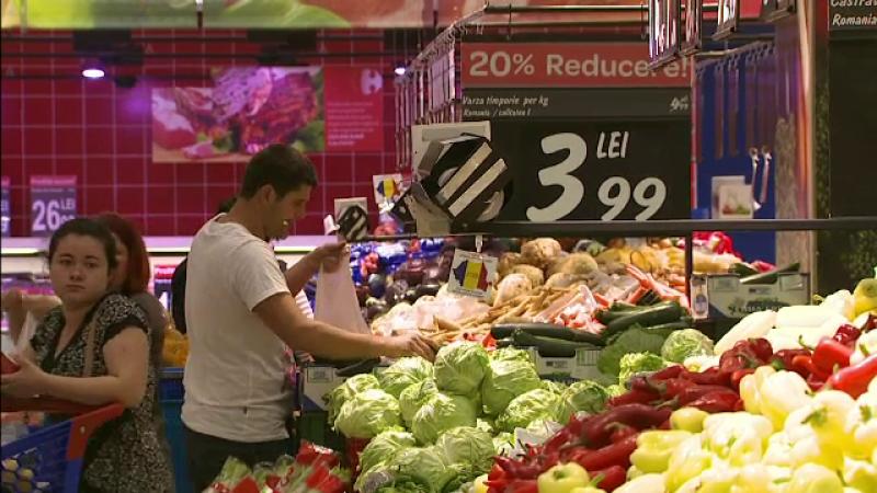 INS: Cartofii, fructele si legumele, scumpite inainte de reducerea TVA. Consiliul Concurentei a pornit o ancheta