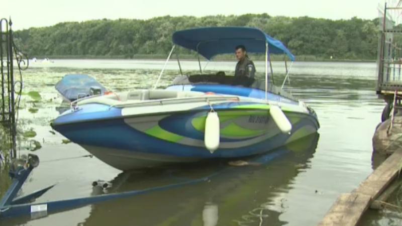 Barca de viteza a tanarului care a provocat accidentul de pe lacul Snagov, ridicata de politisti. Ce ar putea afla expertii