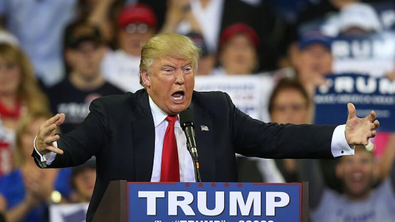 Washington Post: Procurorul special Robert Mueller ancheteaza daca Trump a obstructionat justitia in dosarul rus