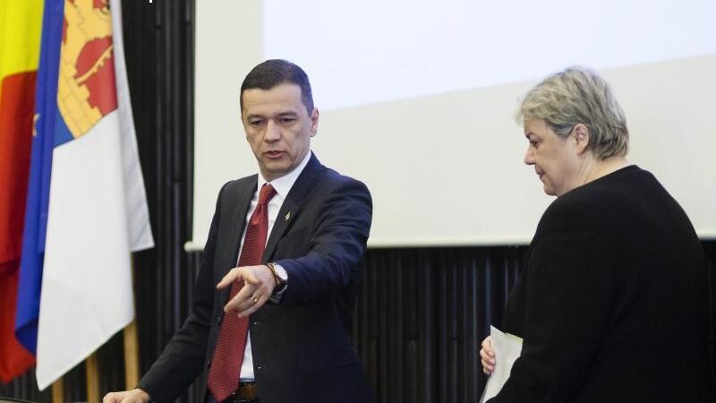 Grindeanu i-a demis pe toti secretarii de stat de la Ministerul Dezvoltarii. Shhaideh il ameninta cu plangere penala