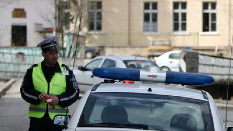 Legenda politistului bulgar se transforma in dosar penal. Ai dat si tu spaga cu buletinul?