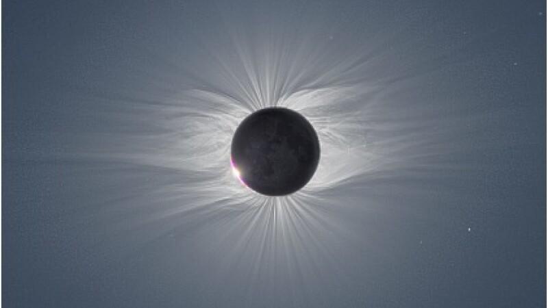 Eclipsa de soare vizibila la noi si furtuni solare. Ce ne asteapta in 2011?