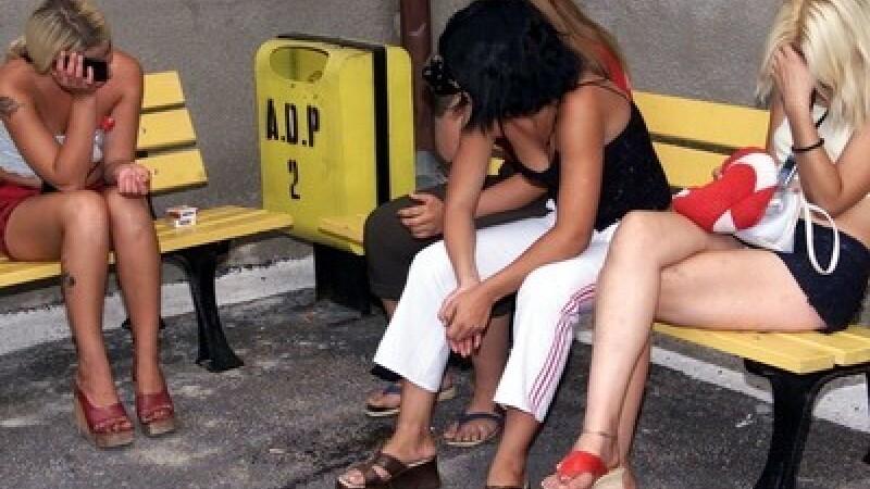Ademenit si lasat fara bani. Un batran de 70 de ani, victima unor prostituate din Salaj