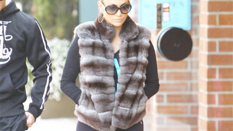 Jennifer Lopez a uitat ce era mai important la asa tinuta. Fotografii au surprins detaliul jenant