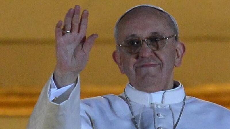 JORGE BERGOGLIO este noul Papa. Acesta se va numi Francisc