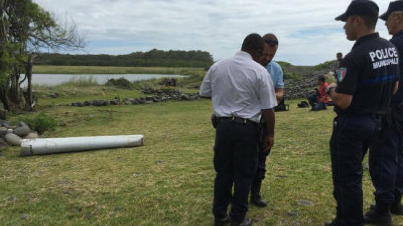 Un fragment dintr-un Boeing 777 a fost gasit pe o plaja din Mozambic. Carui avion ar putea apartine bucata