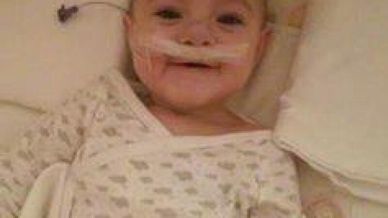S-a nascut cu o malformatie si fiecare zi a fost pentru ea un chin. Printr-un SMS ii poti schimba insa definitiv viata Mariei